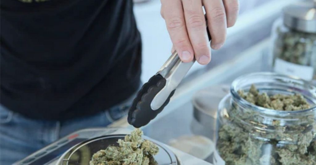 how to find a licensed cannabis dispensary